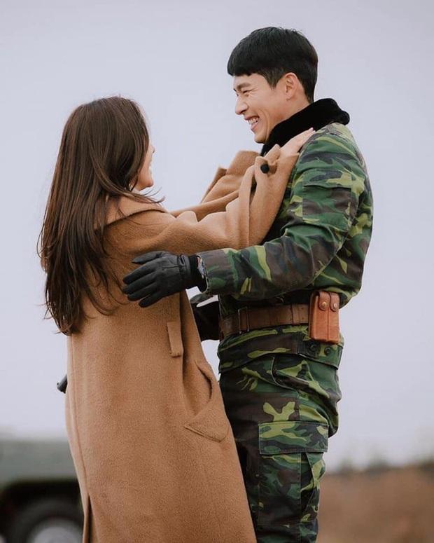 Mắc mệt những lần Hyun Bin và Son Ye Jin bị bắt tại trận mà cứ chối đây đẩy: Bạn bè có ai như này không? - Ảnh 21.