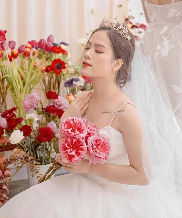 Phát hiện thú vị: Quang Hải và Huyền My có hình xăm đôi từ thời chưa dính tin đồn hẹn hò - Ảnh 2.