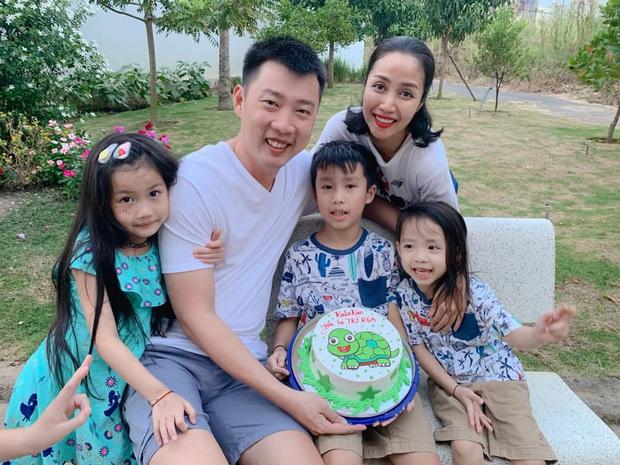 Chồng Ốc Thanh Vân tự tay mang tặng vợ giày hiệu mừng sinh nhật lúc 3h sáng: Ngôn tình đời thực sau 20 năm yêu - Ảnh 5.