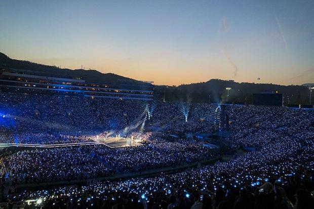 3 lần mời ca sĩ quốc tế góp giọng vào bài hát chủ đề, lấy Billboard Hot 100 làm mục tiêu nhưng BTS vẫn quyết tâm không nhận danh hiệu Mỹ tiến? - Ảnh 9.