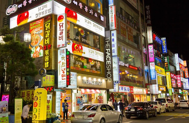 Khám phá những khu phố đình đám bậc nhất Seoul, có nơi bỗng vụt sáng trở thành điểm check in cực hot nhờ hiệu ứng của Itaewon Class - Ảnh 9.