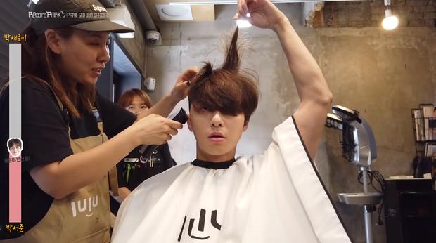 Lộ clip Park Seo Joon xuống tóc hóa ngố tàu Tầng Lớp Itaewon, tóc ngắn hay dài vẫn cưng muốn xỉu - Ảnh 4.