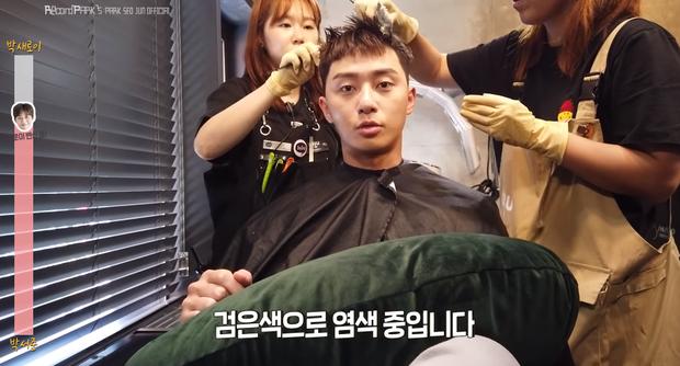 Lộ clip Park Seo Joon xuống tóc hóa ngố tàu Tầng Lớp Itaewon, tóc ngắn hay dài vẫn cưng muốn xỉu - Ảnh 6.