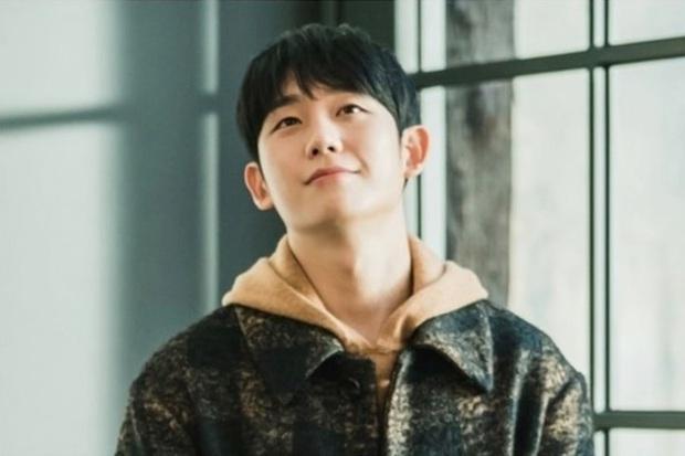 Bực mình chị đẹp nấu cơm cho Hyun Bin, trai tơ Jung Hae In yêu luôn bạn gái robot của Yoo Seung Ho - Ảnh 1.