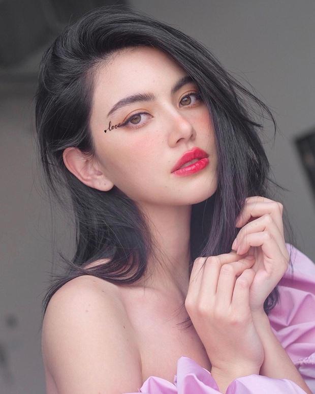 """Các mỹ nhân Thái hoá ra mới là """"nữ hoàng lồng lộn"""" trong khoản makeup mắt, có nhiều kiểu đẹp thần sầu mà bạn có thể bắt chước - Ảnh 1."""