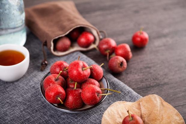 Người có dạ dày không tốt nên hạn chế ăn 4 loại trái cây nếu không muốn tình trạng thêm xấu - Ảnh 2.