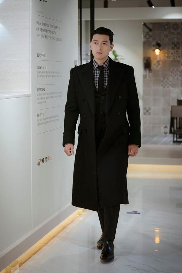 Hú hồn với hình ảnh của Hyun Bin trong quá khứ, đại úy siêu cấp mị lực ở Crash Landing on You đâu mất rồi? - Ảnh 1.