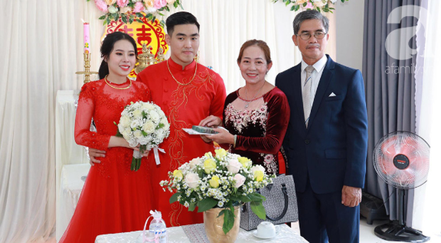 Tiết lộ thêm về đám cưới 2,5 tỷ hồi môn và 49 cây vàng đang gây sốt MXH: Cặp đôi quen nhau 8 tháng, gia đình nhà chú rể cũng không phải dạng vừa đâu - Ảnh 4.
