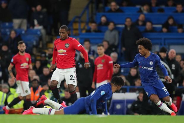 VAR hai lần tước bàn thắng, Chelsea nhận thất bại cay đắng ngay trên sân nhà trước Manchester United - Ảnh 10.