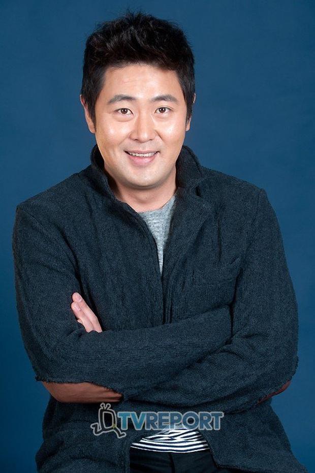 SỐC: Tài tử Thử thách thần chết Ha Jung Woo bị vạch trần hành vi dùng chất cấm Propofol, lợi dụng em trai để trốn tội - Ảnh 3.