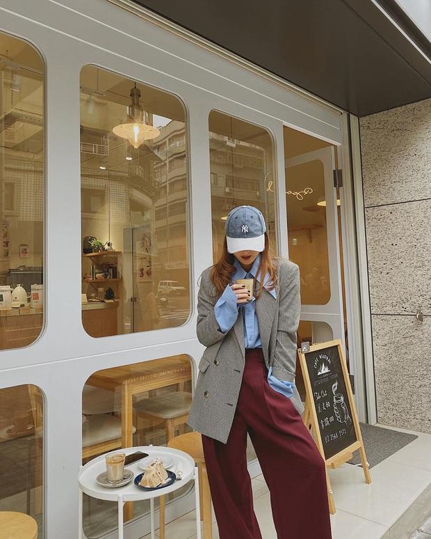 Street style sao Việt: Trấn Thành tự thấy mình chất như một cây vàng nhưng mix cao tay nhất phải là chị em Yến Trang - Yến Nhi - Ảnh 3.