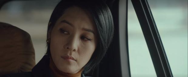 Bạn có nhận ra chị dâu trời hành của Son Ye Jin ở Crash Landing on You là nữ chính MV đình đám Sick Enough To Die một thời? - Ảnh 1.