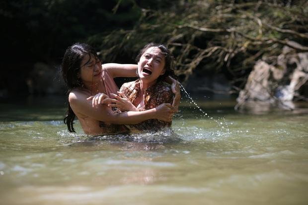 Rùng mình màn cảnh báo khỉ hiếp trong rừng của hội ba cô gái ở trailer Truyền Thuyết Về Quán Tiên - Ảnh 4.
