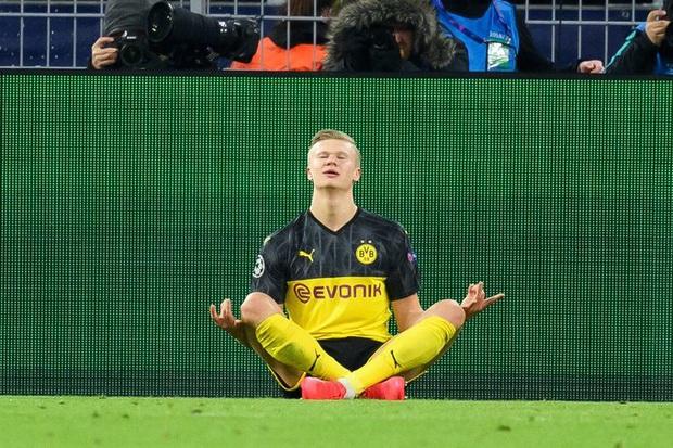 Tiền đạo trẻ có phong độ cao nhất châu Âu lại lập kỷ lục vô tiền khoáng hậu trong lịch sử giải đấu danh giá nhất thế giới cấp CLB - Ảnh 1.