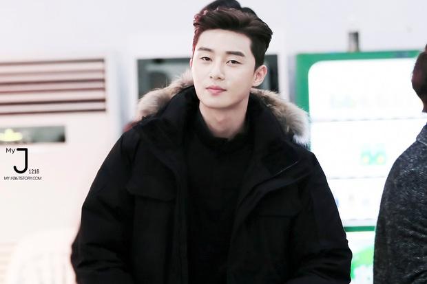 Rộ lên loạt ảnh hồi bé mái ngố tàu của Park Seo Joon: Quyết xuyên không về quá khứ để tạo kiểu đầu trend của Itaewon Class? - Ảnh 8.