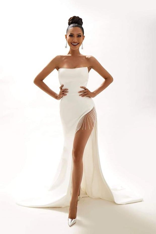 Bộ ảnh mới của Hoài Sa trước thềm Miss International Queen 2020: Thần thái, sắc vóc đúng chuẩn Hoa hậu đây rồi! - Ảnh 1.
