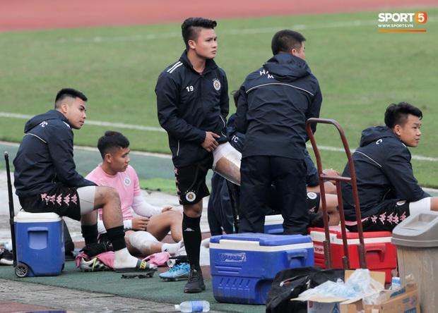 Quang Hải không khoẻ, tái phát chấn thương từ SEA Games, Hà Nội FC bị Viettel cầm hoà trong trận giao hữu - Ảnh 2.