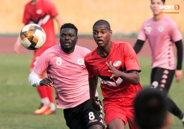 Quang Hải không khoẻ, tái phát chấn thương từ SEA Games, Hà Nội FC bị Viettel cầm hoà trong trận giao hữu - Ảnh 7.