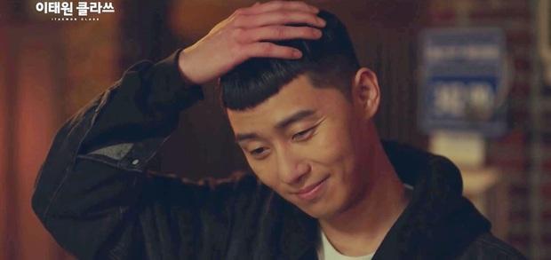 Tuyển tập khoảnh khắc vuốt tóc cộp mác Park Sae Ro Yi - anh chủ quán nhậu Itaewon Class làm hội mê trai phải đổi chồng - Ảnh 3.