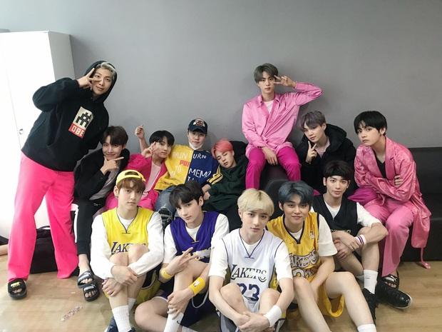 Tưởng được ngậm thìa vàng từ lúc debut, boygroup em trai BTS vẫn phải ngủ chung 1 phòng trong ký túc xá - Ảnh 1.