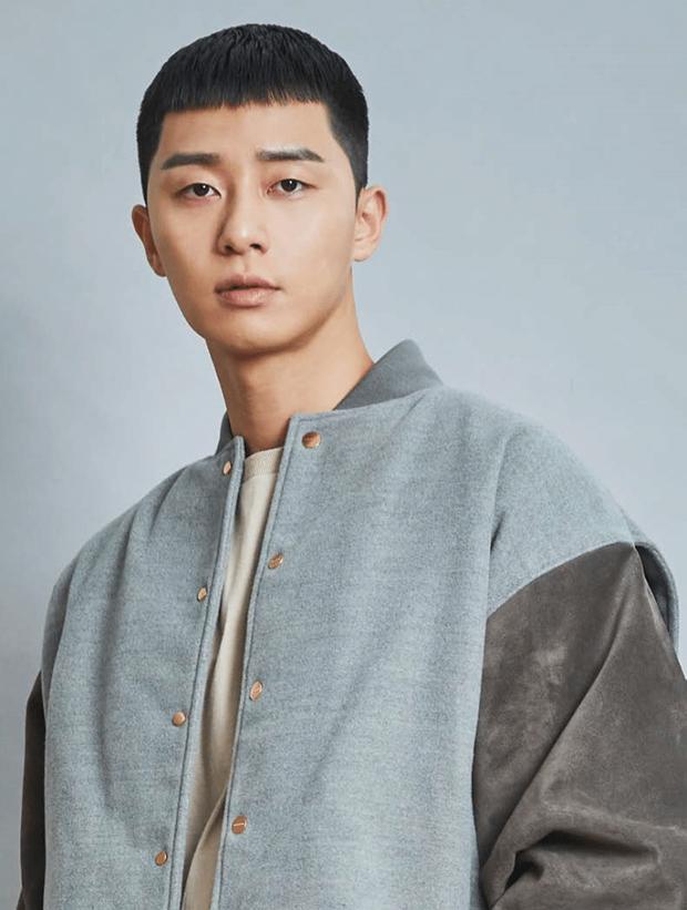 Bình An xuống tóc đúng kiểu ngố tàu của tài tử cực phẩm Park Seo Joon trong Tầng lớp Iaewon và cái kết bất ngờ - Ảnh 4.