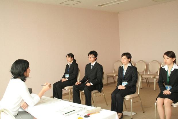 Từ chuyện kinh nghiệm chuyên ngành con số 0 nhưng vẫn được nhận cho đến văn hoá tuyển dụng độc đáo của các doanh nghiệp Nhật Bản - Ảnh 3.