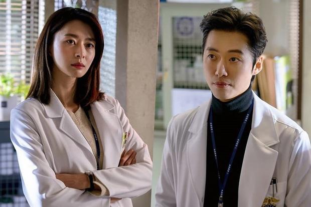 Dàn cast cực phẩm Tầng Lớp Itaewon: Nữ phụ là crush tin đồn của Lee Jong Suk, đội nam thần 6 múi chuẩn tình cũ Park Min Young? - Ảnh 8.