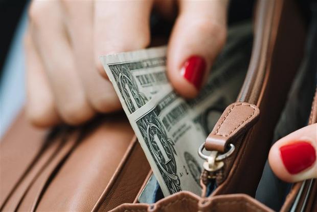 Thường xuyên viêm màng túi? Đây là 10 quy tắc chi tiêu thông minh sẽ giúp bạn có một cuộc sống thư thái, luôn rủng rỉnh tiền bạc - Ảnh 4.