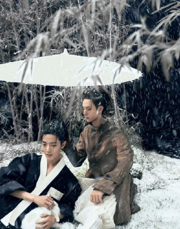 Vừa thay đổi hình tượng mới, K-ICM đã bị netizen tố đạo nhái bộ ảnh của diễn viên Trần Tình Lệnh vì như... hai anh em sinh đôi? - Ảnh 4.
