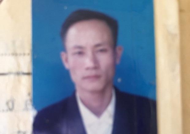 Đối tượng ôm lựu đạn cố thủ ở Sài Gòn bị khởi tố 3 tội danh - Ảnh 1.