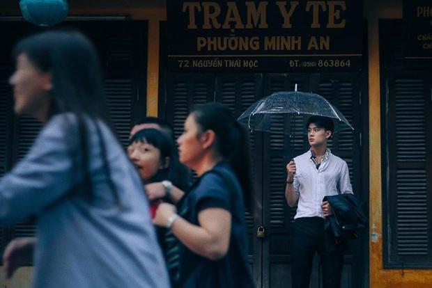 """Tung ảnh du xuân ở Ninh Bình, anh chàng khiến dân mạng """"say đứ đừ"""": Là nắng chói chang hay vì anh mà xốn xang? - Ảnh 6."""