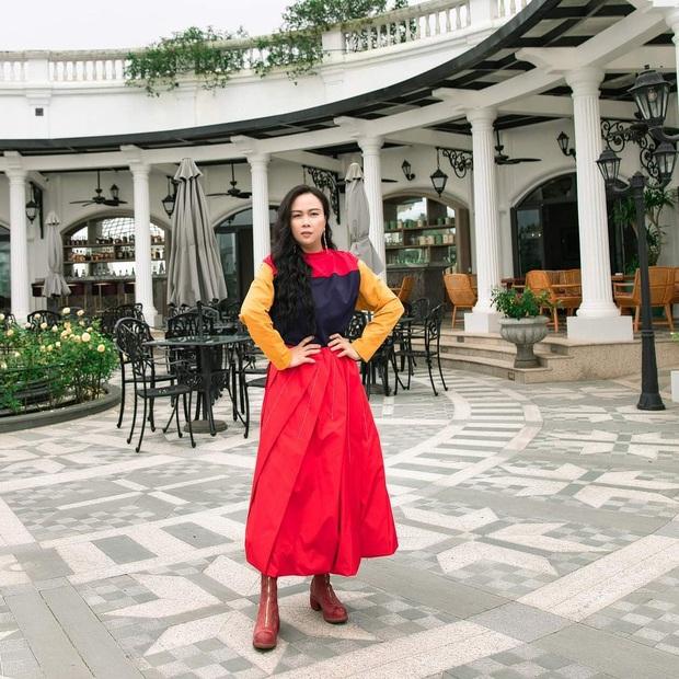 Phượng Chanel: Style có thể lên xuống thất thường nhưng làn da mộc mạc ở tuổi 40+ của nữ đại gia thì luôn căng mịn không tỳ vết - Ảnh 1.