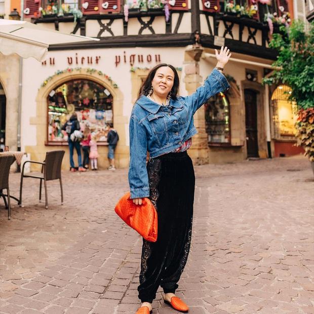 Phượng Chanel: Style có thể lên xuống thất thường nhưng làn da mộc mạc ở tuổi 40+ của nữ đại gia thì luôn căng mịn không tỳ vết - Ảnh 3.