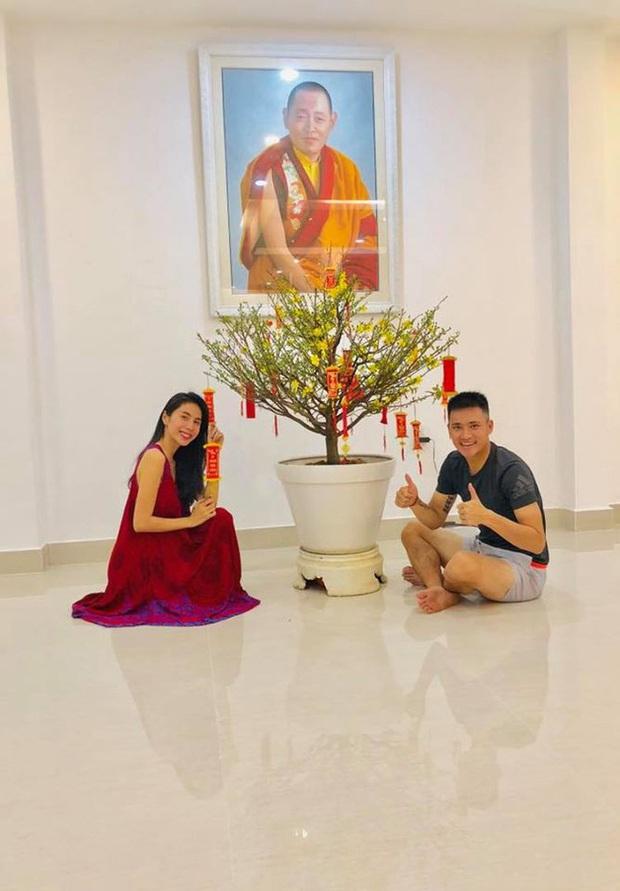 10 cặp vợ chồng Vbiz gắn kết hơn 1 thập kỷ: Chuyện tình Hà Tăng đẹp phim, Hồ Hoài Anh - Hương Giang xa để lại về với nhau - Ảnh 29.
