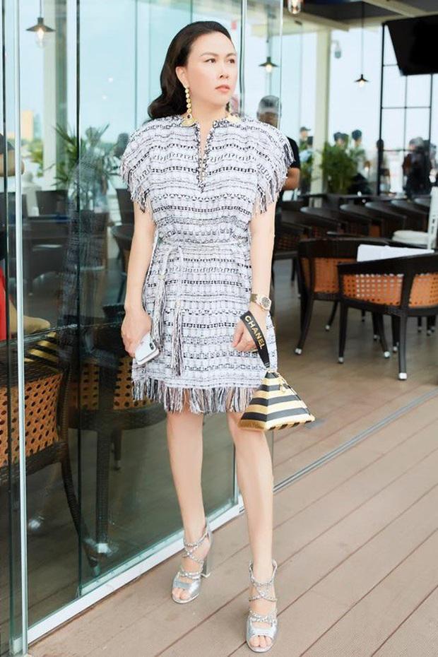 Phượng Chanel: Style có thể lên xuống thất thường nhưng làn da mộc mạc ở tuổi 40+ của nữ đại gia thì luôn căng mịn không tỳ vết - Ảnh 6.
