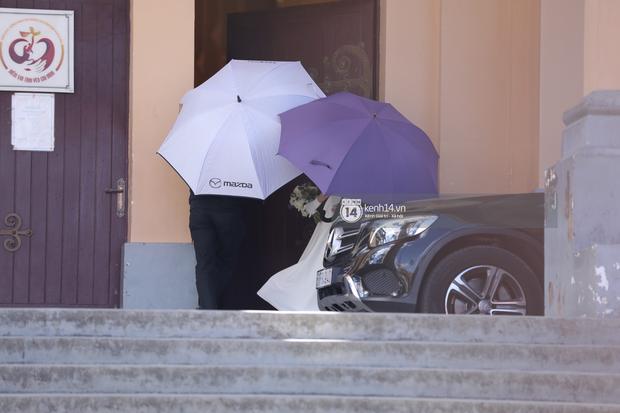 Quản lý Tóc Tiên chính thức lên tiếng giải thích việc thắt chặt an ninh, che chắn kỹ lưỡng trong đám cưới tại Đà Lạt - Ảnh 2.