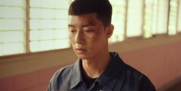 Ở Parasite Park Seo Joon biệt tăm sau khi khoe đi du học, vậy mà đến Tầng Lớp Itaewon vừa mở mắt đã thành tù nhân, ủa? - Ảnh 5.