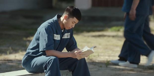 Ở Parasite Park Seo Joon biệt tăm sau khi khoe đi du học, vậy mà đến Tầng Lớp Itaewon vừa mở mắt đã thành tù nhân, ủa? - Ảnh 6.