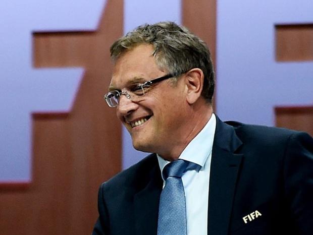 Biến căng: Chủ tịch đội bóng giàu có nhất thế giới dính bê bối hối lộ cựu quan chức FIFA - Ảnh 2.