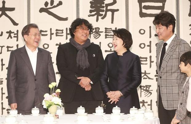 Dàn sao Ký sinh trùng gây bão khi diện kiến Tổng thống Hàn tại Nhà Xanh, sao nhí điển trai đến mức chiếm trọn spotlight - Ảnh 9.