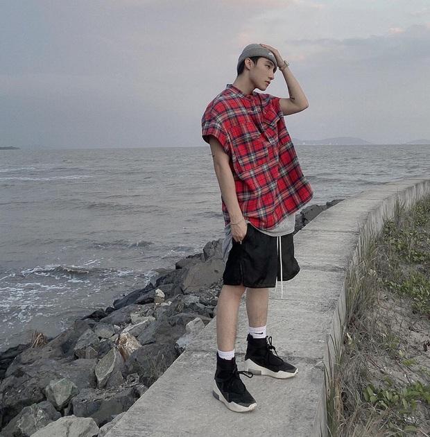 Soi style du lịch của Sơn Tùng M-TP: Đúng là một Cự Giải, toàn thấy đi biển với cả sông suối! - Ảnh 10.