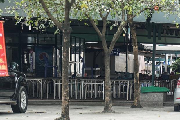 Ảnh: Nhà hàng, quán bia quen thuộc của giới ăn nhậu Hà Nội im lìm trong mùa dịch Covid-19 - Ảnh 9.