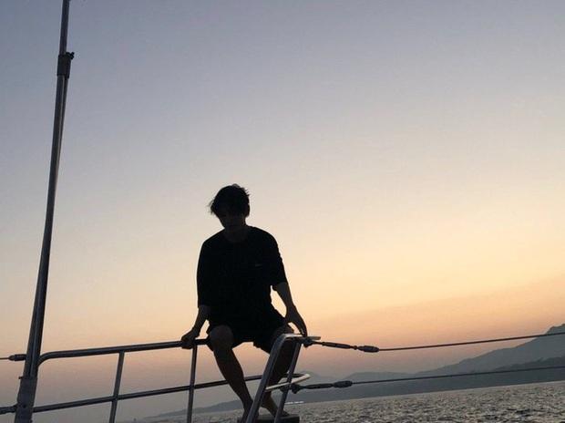 Hội bạn thân toàn mỹ nam của Park Seo Joon: thân thiết như hình với bóng, còn thường xuyên đi ăn chơi và du lịch với nhau - Ảnh 7.