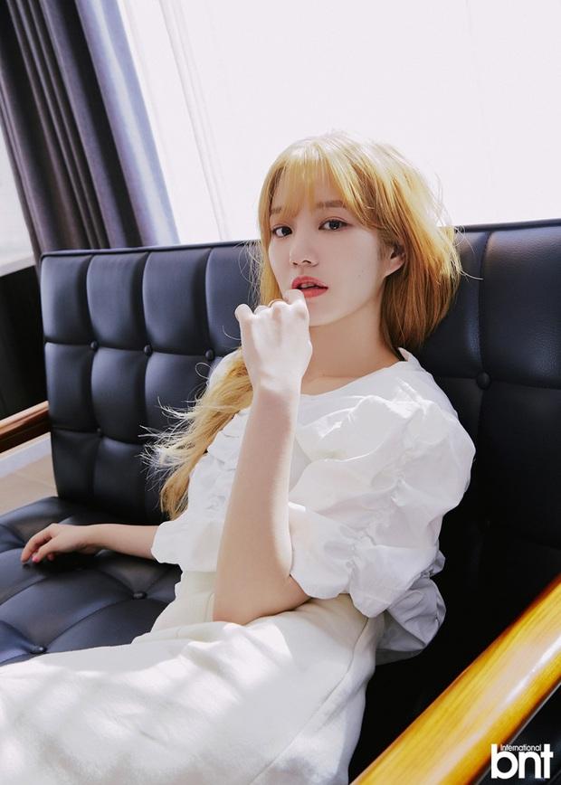Ái nữ nhà Mama Chuê diện đồng phục gây choáng: Em gái Song Joong Ki nay đã 30 tuổi nhưng sao như học sinh thế này? - Ảnh 11.