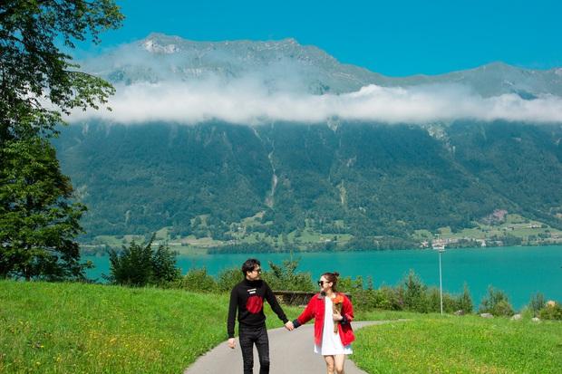 Xuất hiện cả trong Crash Landing On You và MV của Trịnh Thăng Bình, ngôi làng nhỏ bên hồ ở Thuỵ Sĩ đẹp đến mê ảo khiến ai cũng muốn xách vali và đi - Ảnh 2.