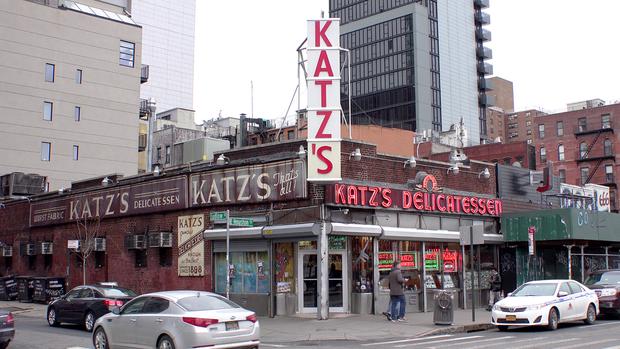 Nhóm nhạc toàn cầu BTS ghé thăm nhà hàng nổi tiếng nhất nhì New York mà không một ai nhận ra, lý do là gì? - Ảnh 1.