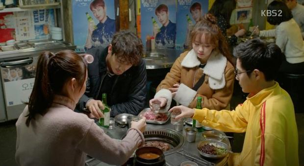 Xem Tầng Lớp Itaewon mới thấy văn hoá ăn nhậu ở Hàn Quốc cầu kỳ như thế nào: Từ chối kèo bị coi là thất lễ, còn có cả lịch tụ tập mỗi tuần - Ảnh 4.