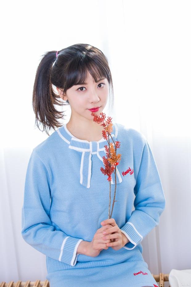 Ngắm trọn nhan sắc tựa thiên thần của nữ MC mới của LCK Kim Min Ah, không chỉ tài năng mà còn vô cùng xinh đẹp - Ảnh 5.