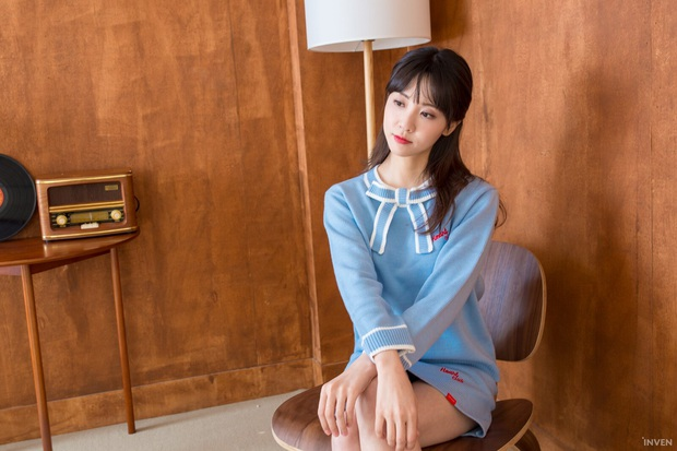 Ngắm trọn nhan sắc tựa thiên thần của nữ MC mới của LCK Kim Min Ah, không chỉ tài năng mà còn vô cùng xinh đẹp - Ảnh 25.
