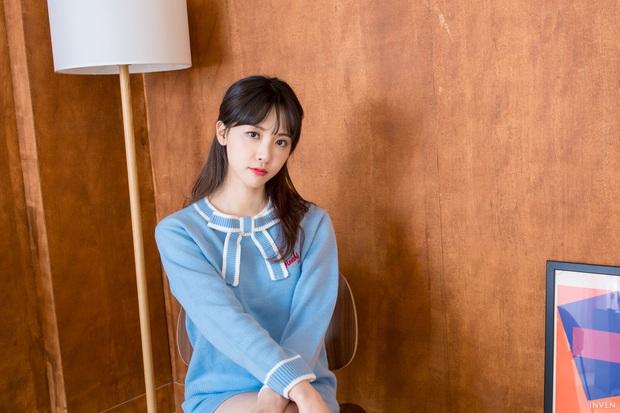 Ngắm trọn nhan sắc tựa thiên thần của nữ MC mới của LCK Kim Min Ah, không chỉ tài năng mà còn vô cùng xinh đẹp - Ảnh 29.